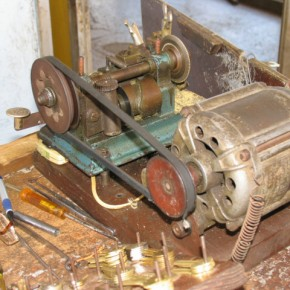 "an engine of a soviet washing machine ""Aurika"" used in a duplicate key maker machine"